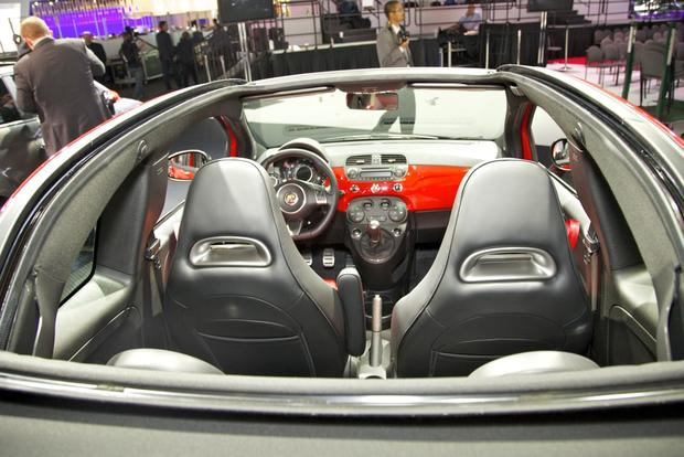 2013 FIAT 500 Lineup Grows: LA Auto Show featured image large thumb26
