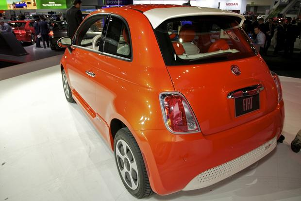2013 FIAT 500 Lineup Grows: LA Auto Show featured image large thumb16