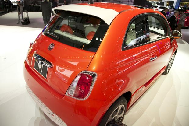 2013 FIAT 500 Lineup Grows: LA Auto Show featured image large thumb17