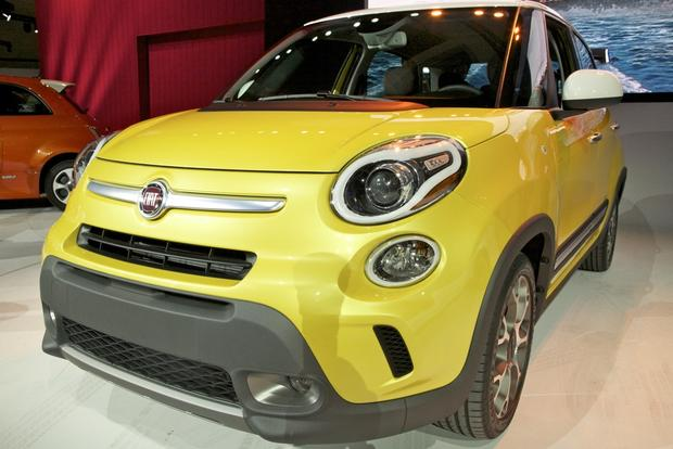 2013 FIAT 500 Lineup Grows: LA Auto Show featured image large thumb1