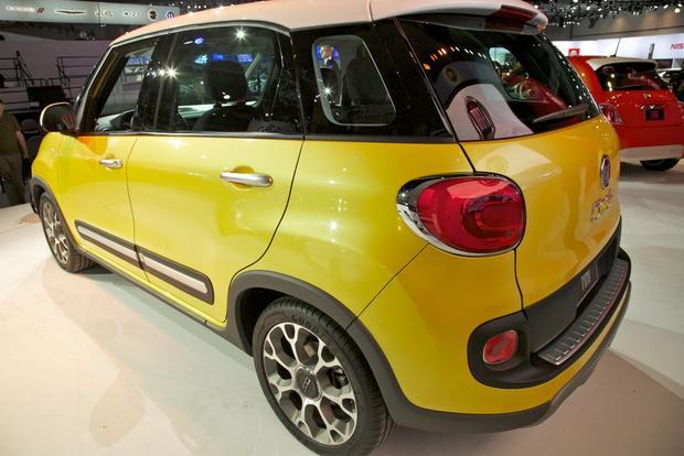 2013 Fiat 500L: LA Auto Show 2012 featured image large thumb2