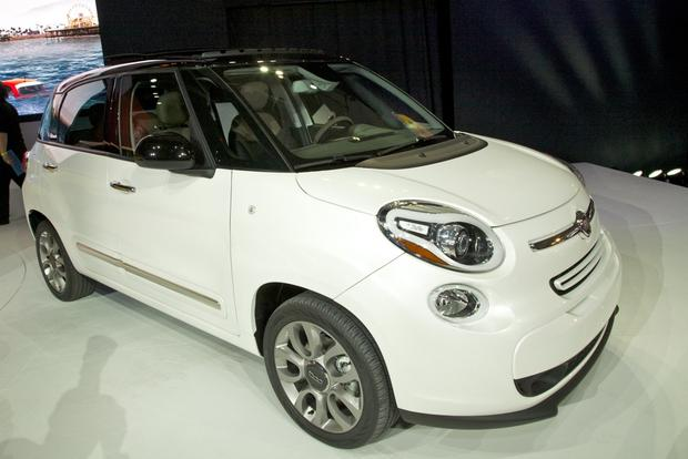 2013 FIAT 500 Lineup Grows: LA Auto Show featured image large thumb7