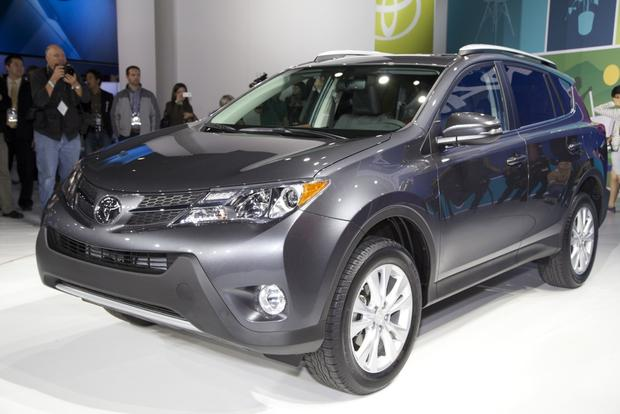 2013 Toyota RAV4: LA Auto Show featured image large thumb0