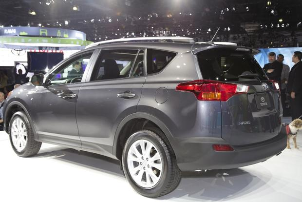 2013 Toyota RAV4: LA Auto Show featured image large thumb1