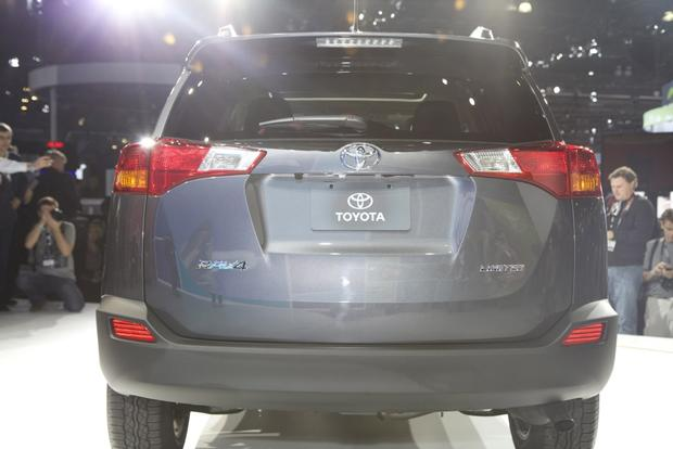2013 Toyota RAV4: LA Auto Show featured image large thumb2