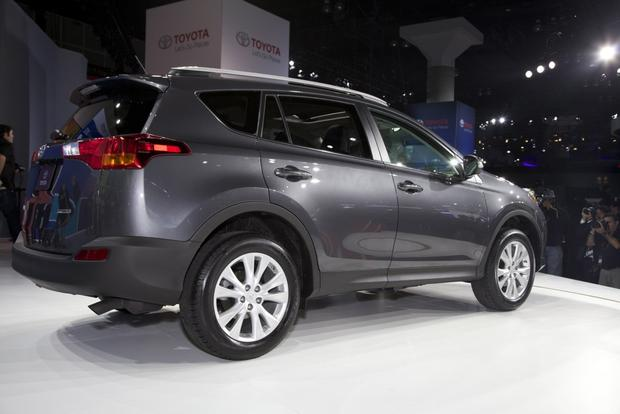 2013 Toyota RAV4: LA Auto Show featured image large thumb3