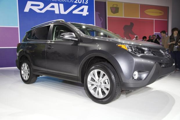 2013 Toyota RAV4: LA Auto Show featured image large thumb5