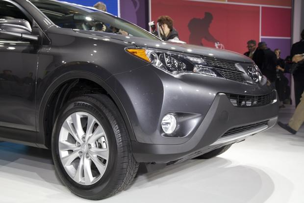 2013 Toyota RAV4: LA Auto Show featured image large thumb6