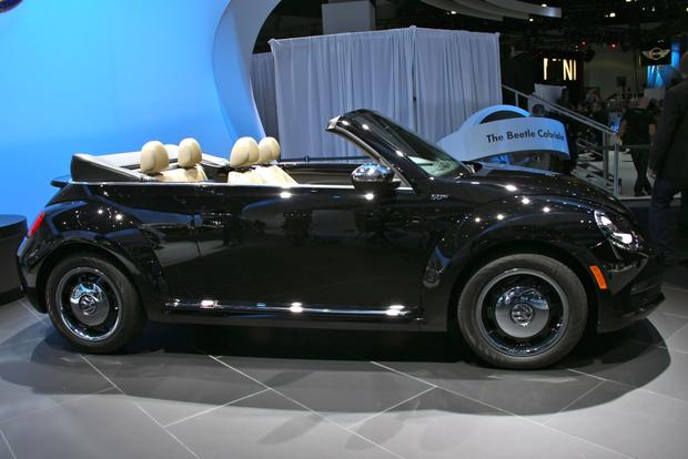 2013 VW Beetle Convertible & R-Line Models: LA Auto Show featured image large thumb0
