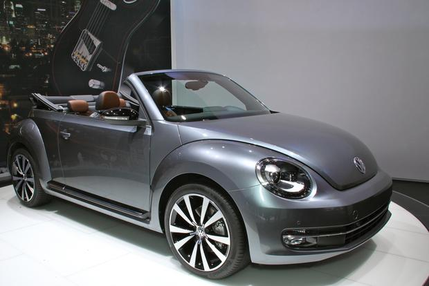 2013 VW Beetle Convertible & R-Line Models: LA Auto Show featured image large thumb23