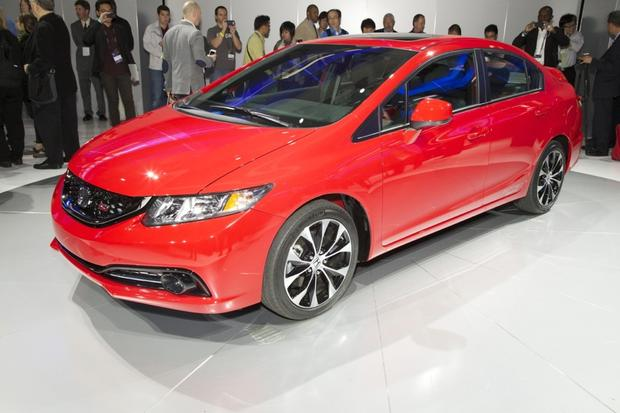 2013 Honda Civic: LA Auto Show featured image large thumb0