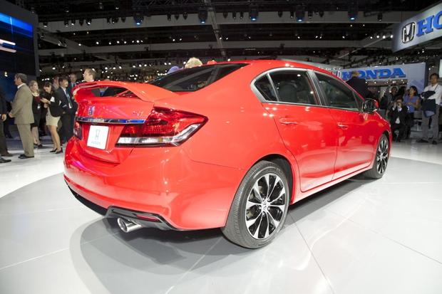 2013 Honda Civic: LA Auto Show featured image large thumb2