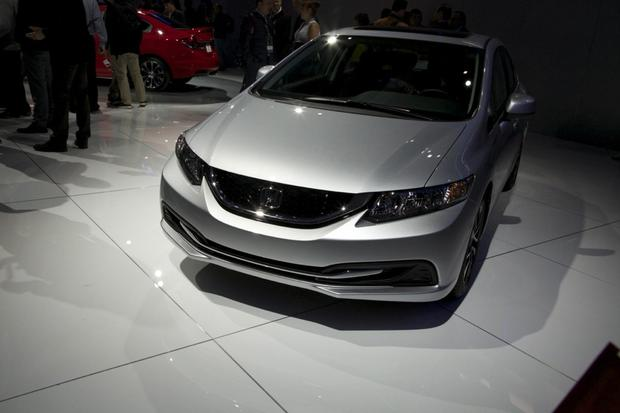 2013 Honda Civic: LA Auto Show featured image large thumb5