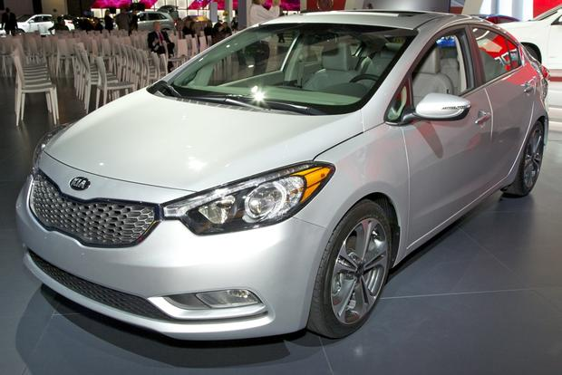 2014 Kia Forte: LA Auto Show 2012 featured image large thumb1