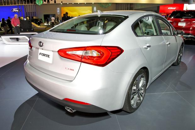 2014 Kia Forte: LA Auto Show 2012 featured image large thumb3
