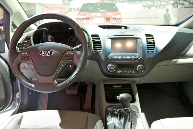 2014 Kia Forte: LA Auto Show featured image large thumb4