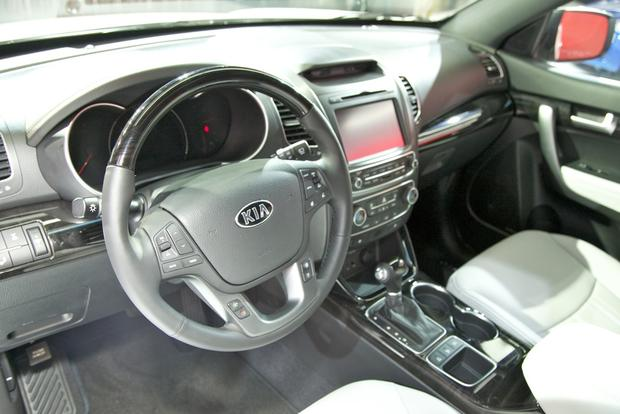 2014 Kia Sorento: LA Auto Show featured image large thumb5