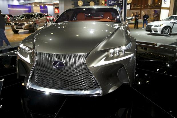 2013 Lexus LS: LA Auto Show featured image large thumb11