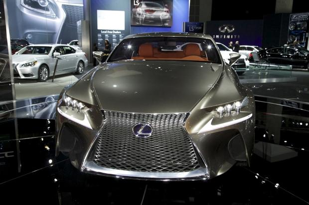 2013 Lexus LS: LA Auto Show featured image large thumb13