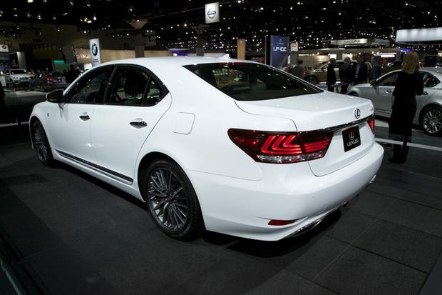 2013 Lexus LS: LA Auto Show featured image large thumb2