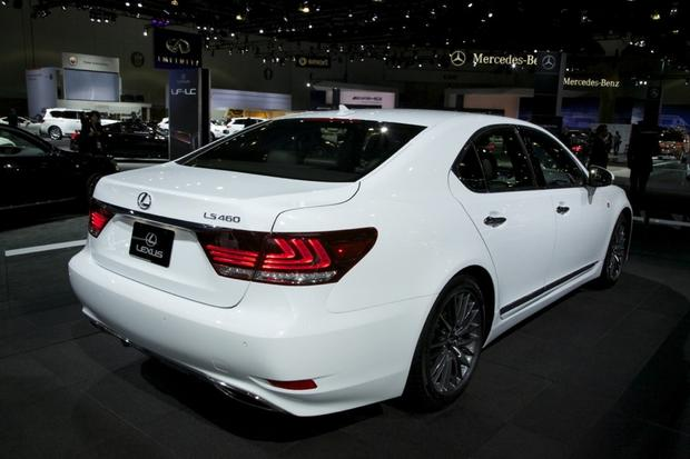 2013 Lexus LS: LA Auto Show featured image large thumb3
