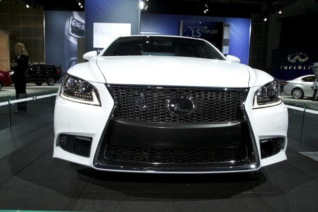 2013 Lexus LS: LA Auto Show featured image large thumb5