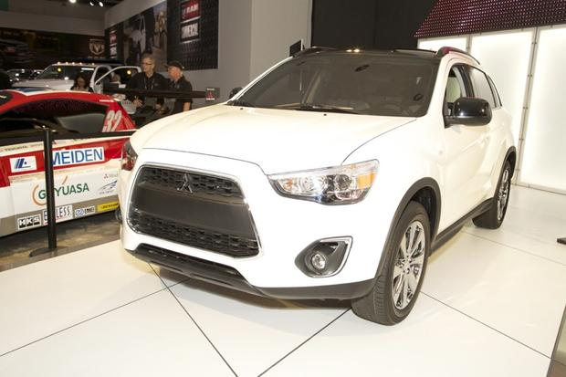 2014 Mitsubishi Outlander & 2013 Outlander Sport Limited Edition: LA Auto Show featured image large thumb1