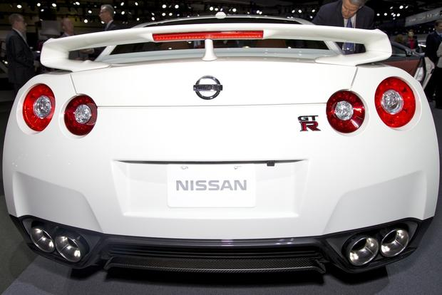 Nissan GT-R: 2012 LA Auto Show featured image large thumb3