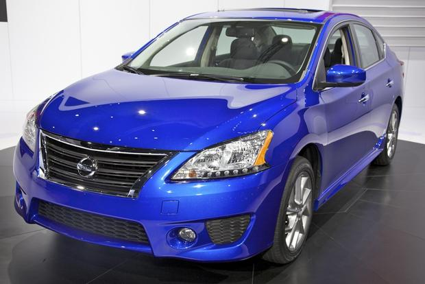 2013 Nissan Sentra: LA Auto Show featured image large thumb0