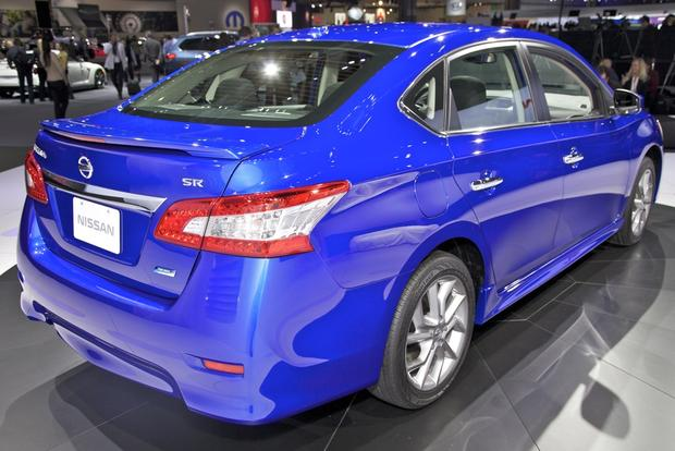 2013 Nissan Sentra: LA Auto Show featured image large thumb3