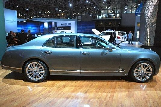 2013 Bentley Mulsanne: New York Auto Show featured image large thumb2