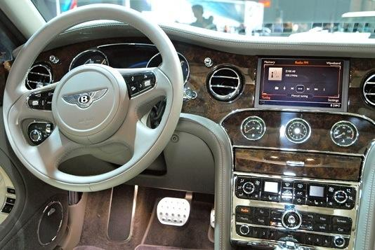 2013 Bentley Mulsanne: New York Auto Show featured image large thumb7
