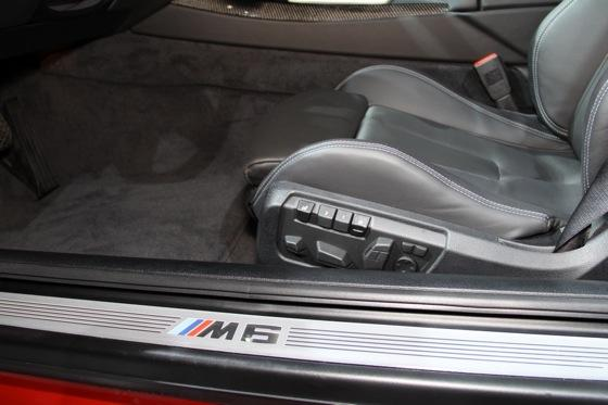 2013 BMW M6 Coupe: New York Auto Show featured image large thumb20