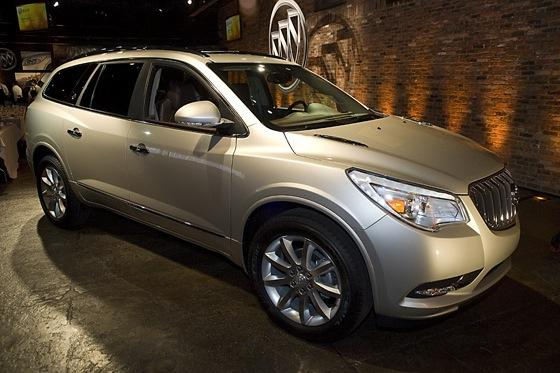 2013 Buick Enclave: New York Auto Show featured image large thumb0