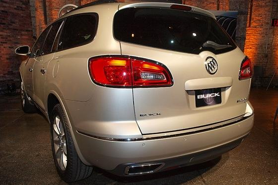 2013 Buick Enclave: New York Auto Show featured image large thumb5