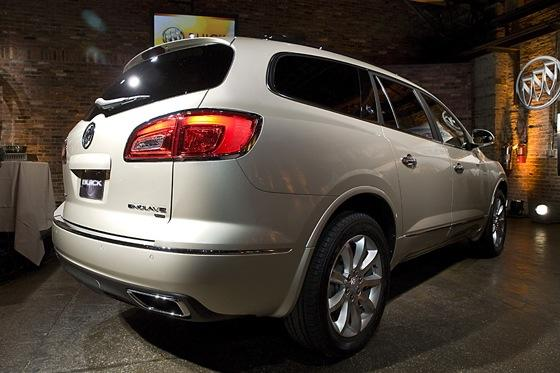 2013 Buick Enclave: New York Auto Show featured image large thumb8