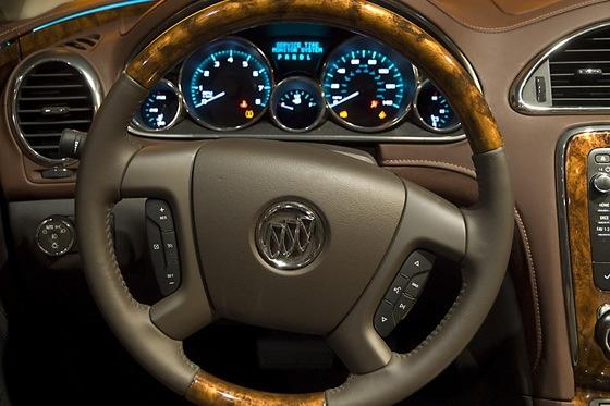 2013 Buick Enclave: New York Auto Show featured image large thumb13
