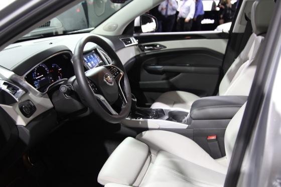 2013 Cadillac SRX: New York Auto Show featured image large thumb8