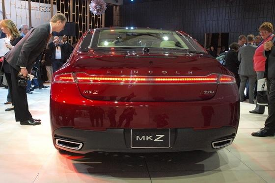 2013 Lincoln MKZ: 2012 New York Auto Show featured image large thumb5