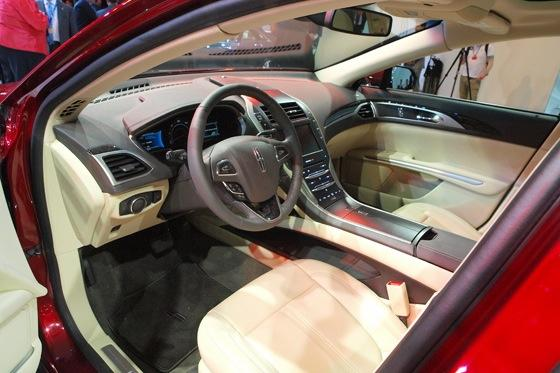 2013 Lincoln MKZ: 2012 New York Auto Show featured image large thumb18