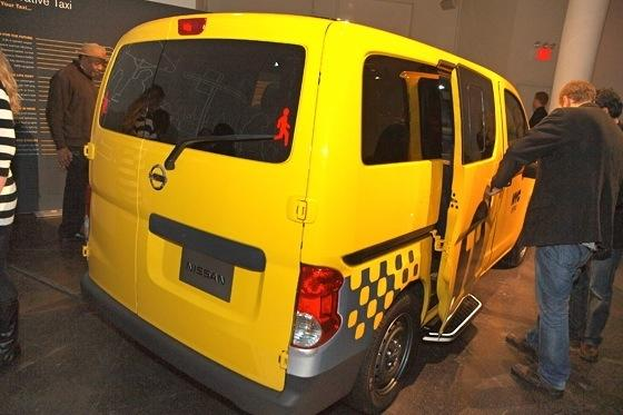 2013 Nissan NV Taxi: New York Auto Show featured image large thumb3