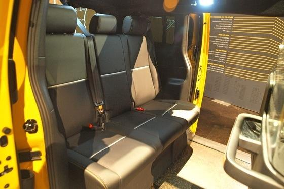 2013 Nissan NV Taxi: New York Auto Show featured image large thumb4