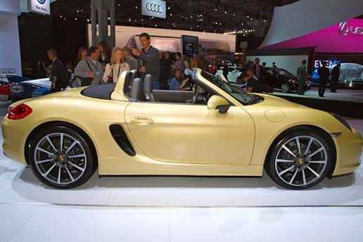 2013 Porsche Boxster: New York Auto Show featured image large thumb3