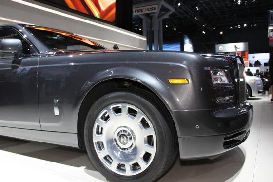 2013 Rolls-Royce Phantom Series II: New York Auto Show featured image large thumb3