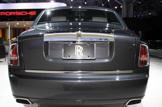2013 Rolls-Royce Phantom Series II: New York Auto Show featured image large thumb9