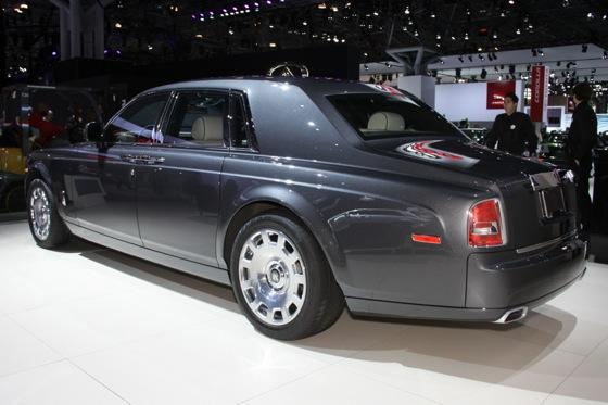 2013 Rolls-Royce Phantom Series II: New York Auto Show featured image large thumb10