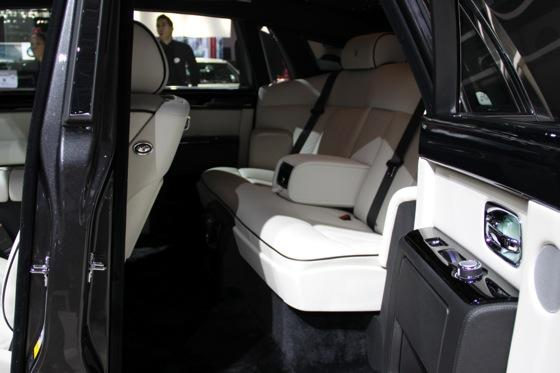 2013 Rolls-Royce Phantom Series II: New York Auto Show featured image large thumb17