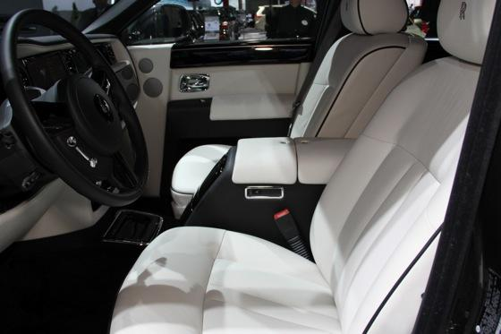 2013 Rolls-Royce Phantom Series II: New York Auto Show featured image large thumb31