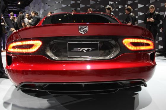 2013 SRT Viper: New York Auto Show featured image large thumb15