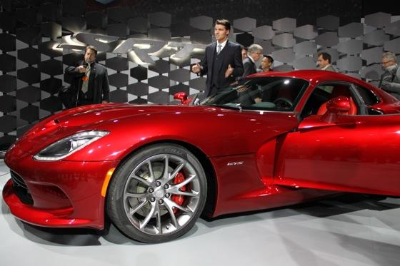 2013 SRT Viper: New York Auto Show featured image large thumb24